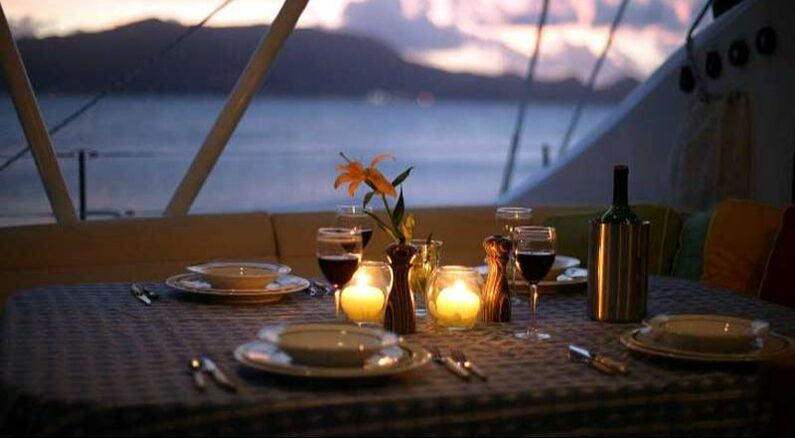 private dinner cruises Waikiki